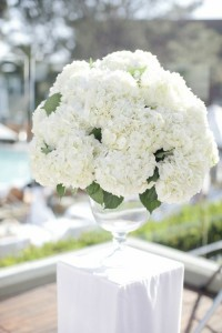 grand vase-bouquet-boule hortensias blancs